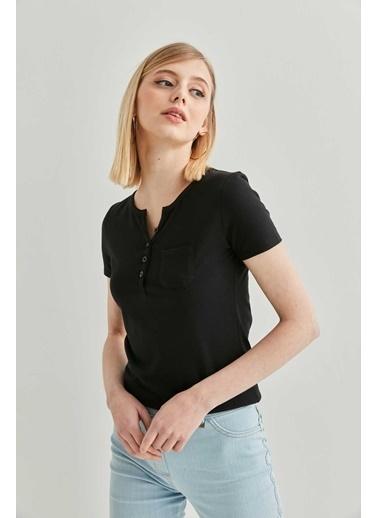 Vitrin Yaka Düğme Detaylı Pamuk Bluz Siyah